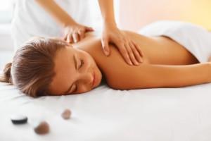 Ganzheitliche Frauenheil-Massage
